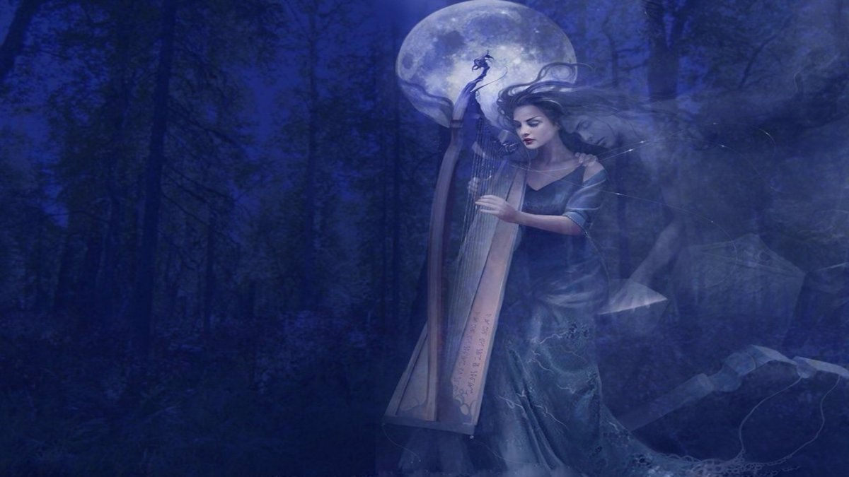 Луна мистика