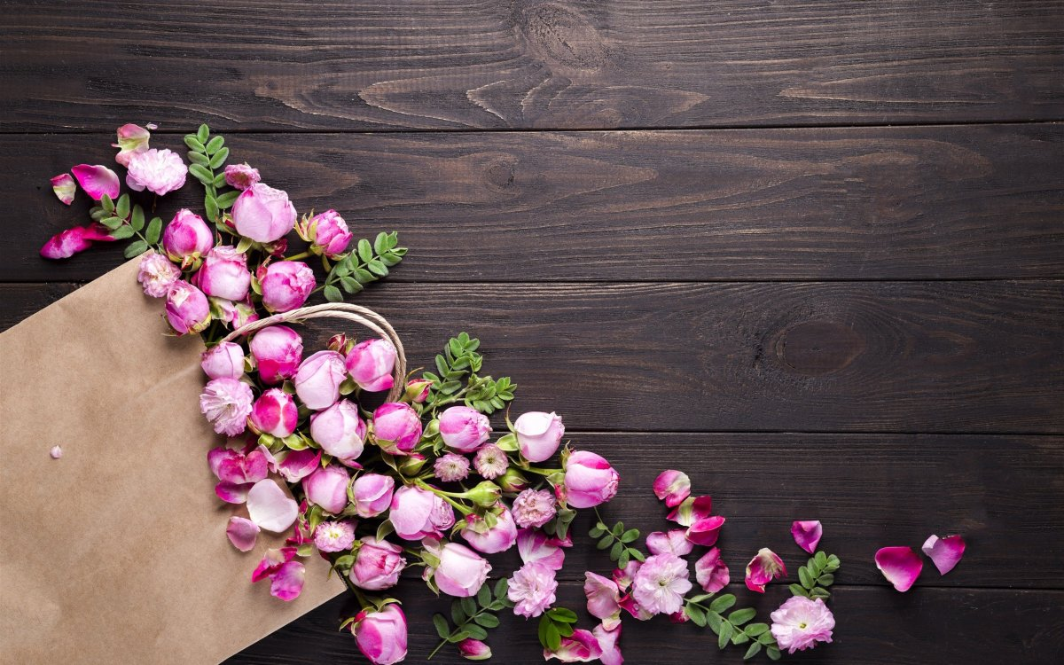 Фон доски с цветами